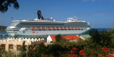 Carnival Valor visits Amber Cove Cruise Center